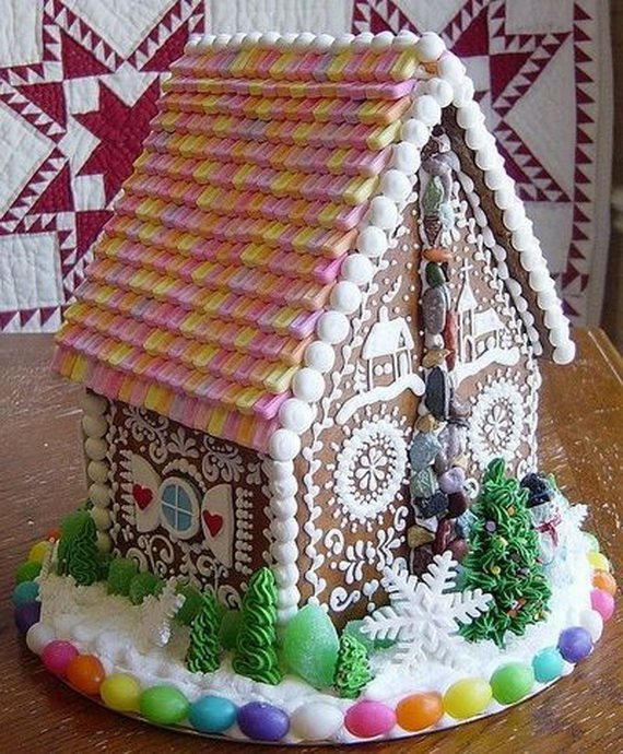 Amazing Traditional Christmas Gingerbread Houses_48