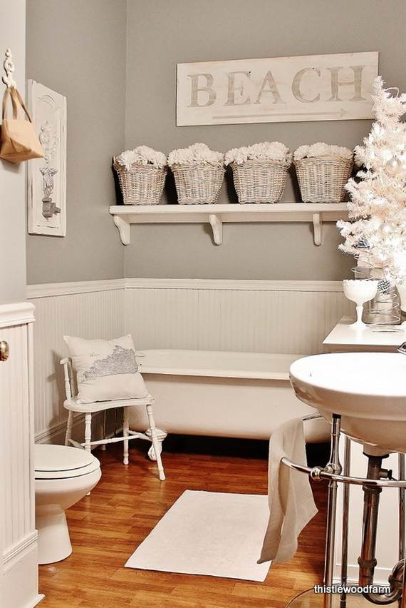 Cute bathroom decorating ideas for christmas family for Bathroom design 2014