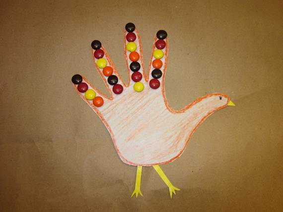 Easy-Colorful-Thanksgiving-Crafts-and-Activities-_82