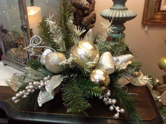 Gorgeous-Christmas-Floral-Arrangements-30