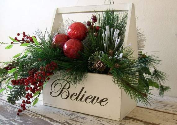 Gorgeous-Christmas-Floral-Arrangements-38