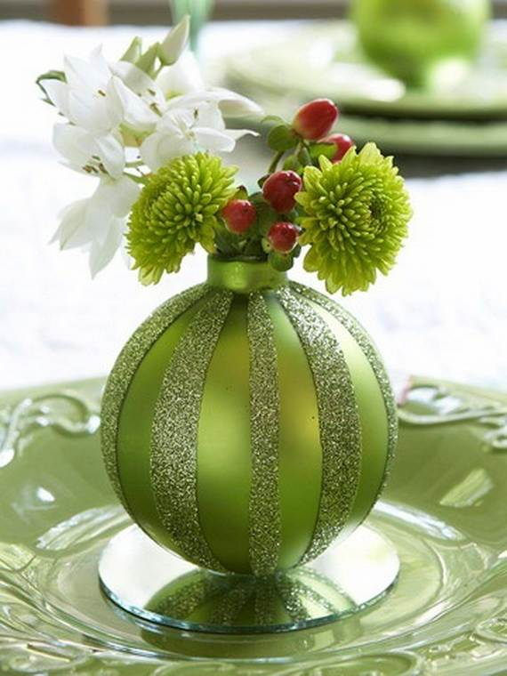 Inspiring-Winter-and-Christmas-Theme-Wedding-Centerpieces-_45