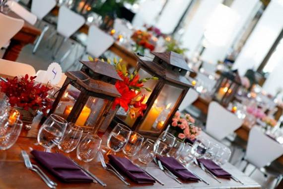 Inspiring-Winter-and-Christmas-Theme-Wedding-Centerpieces-_51