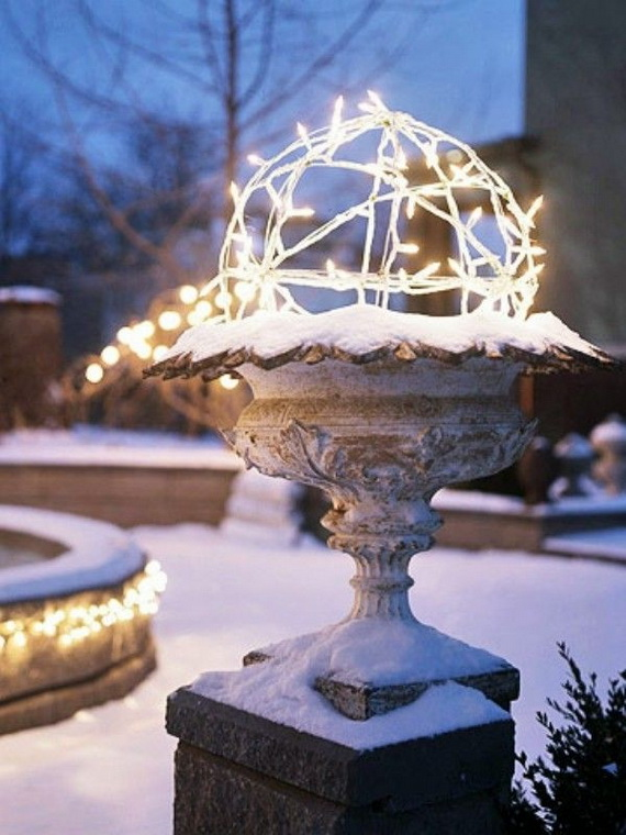 Jolly Ideas for Decorating with Christmas lights_18
