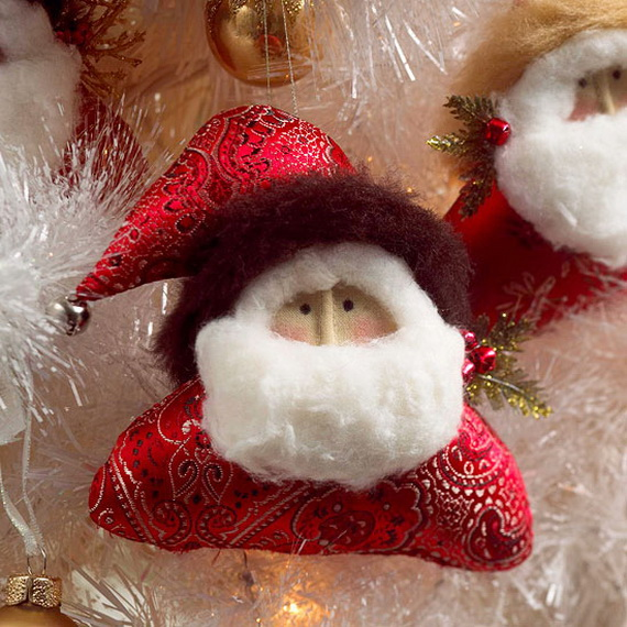 Share the joy of Christmas with Santa Claus decoration ideas _27