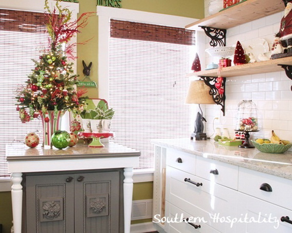 Top Christmas Decor Ideas For A Cozy Kitchen _02