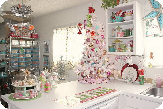 Top Christmas Decor Ideas For A Cozy Kitchen _05