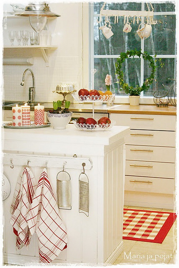 Top Christmas Decor Ideas For A Cozy Kitchen _10