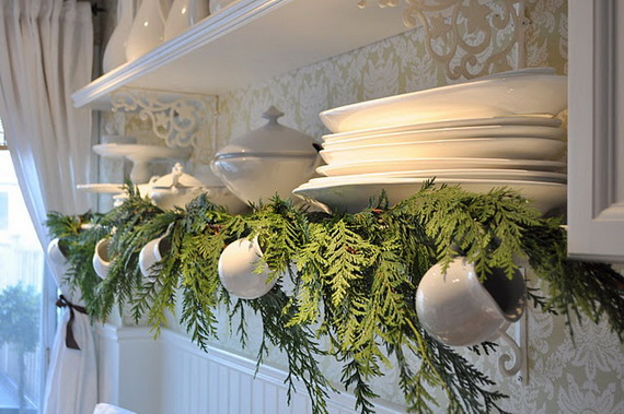 Top Christmas Decor Ideas For A Cozy Kitchen _20