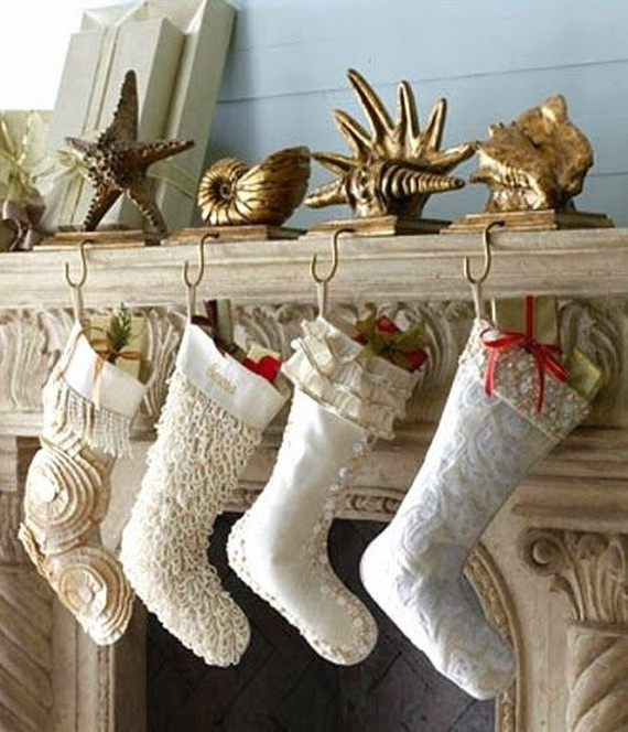 50 Magnificent Coastal-Themed Christmas Interior Decor_01