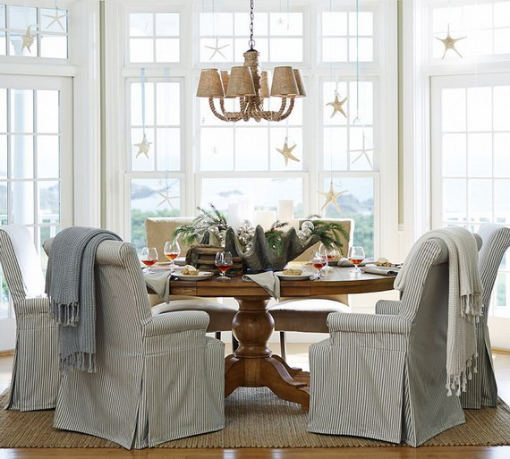 50 Magnificent Coastal-Themed Christmas Interior Decor_24
