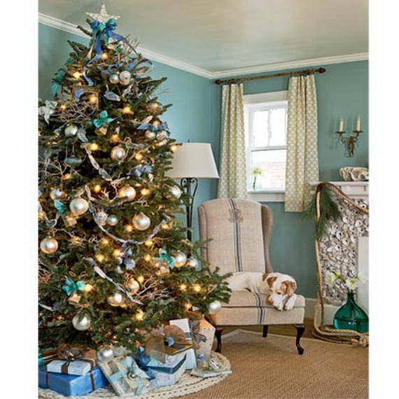 50 Magnificent Coastal-Themed Christmas Interior Decor_45