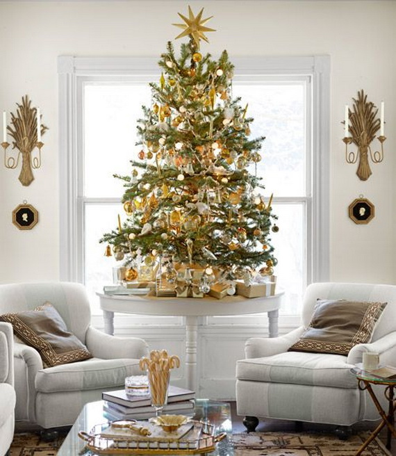 elegant christmas country living room decor ideas_06