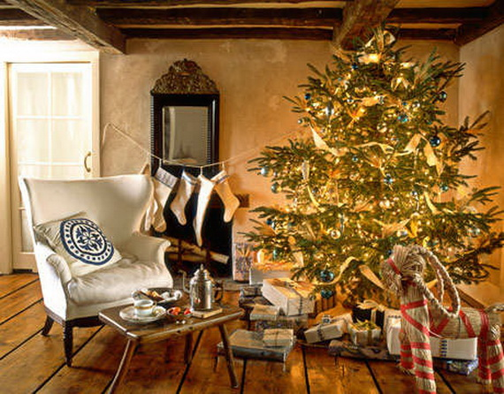 Elegant Christmas Country Living Room Decor Ideas_12
