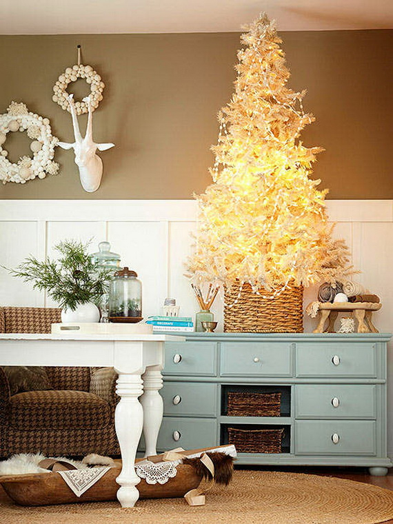 Elegant Christmas Country Living Room Decor Ideas 26