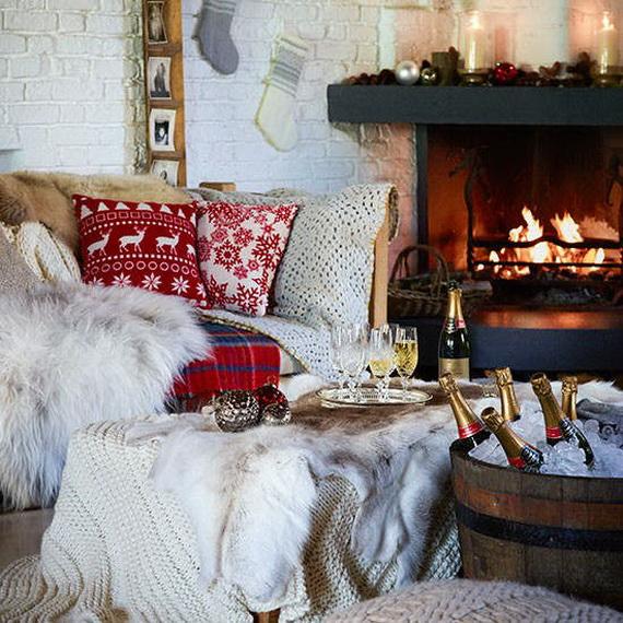 Elegant Christmas Country Living Room Decor Ideas_34