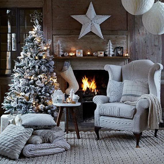 Elegant Christmas Country Living Room Decor Ideas_40