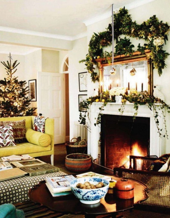 Elegant Christmas Country Living Room Decor Ideas_47