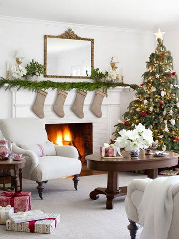 Elegant Christmas Country Living Room Decor Ideas 56