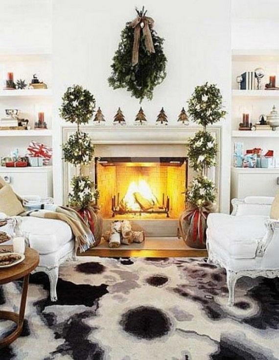 Elegant Christmas Country Living Room Decor Ideas_59
