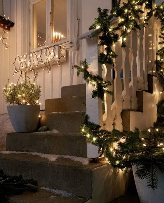 50 Fresh Festive Christmas Entryway Decorating Ideas | Family Holiday