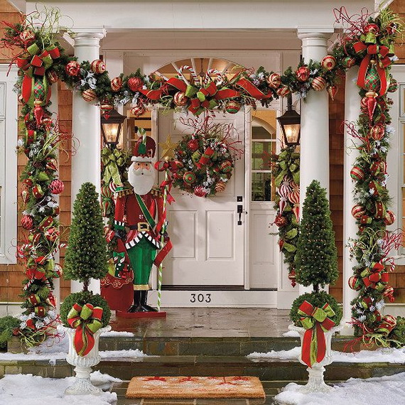 fresh festive christmas entryway decorating ideas_10 - Outdoor Christmas Decor