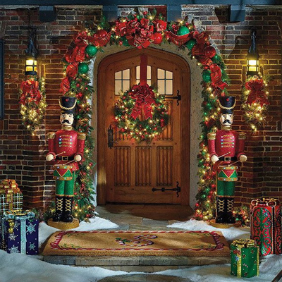 50 fresh festive christmas entryway decorating ideas for Outdoor christmas decorations for the home