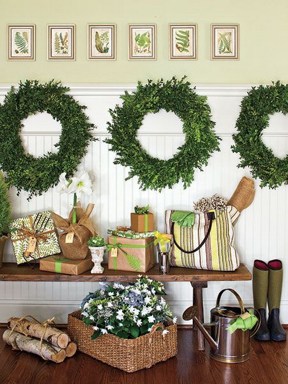 fresh festive christmas entryway decorating ideas_42 - Entryway Christmas Decorations