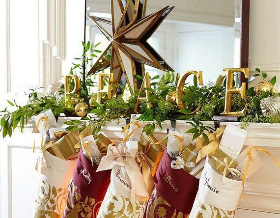 Gorgeous Fireplace Mantel Christmas Decoration Ideas _24