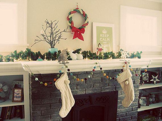 Gorgeous Fireplace Mantel Christmas Decoration Ideas _25