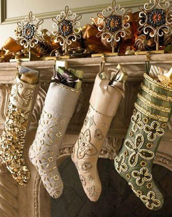 Gorgeous Fireplace Mantel Christmas Decoration Ideas _36