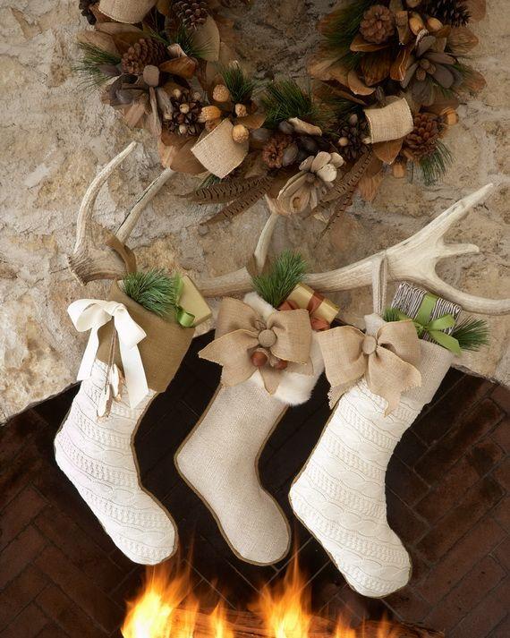 Gorgeous Fireplace Mantel Christmas Decoration Ideas _55