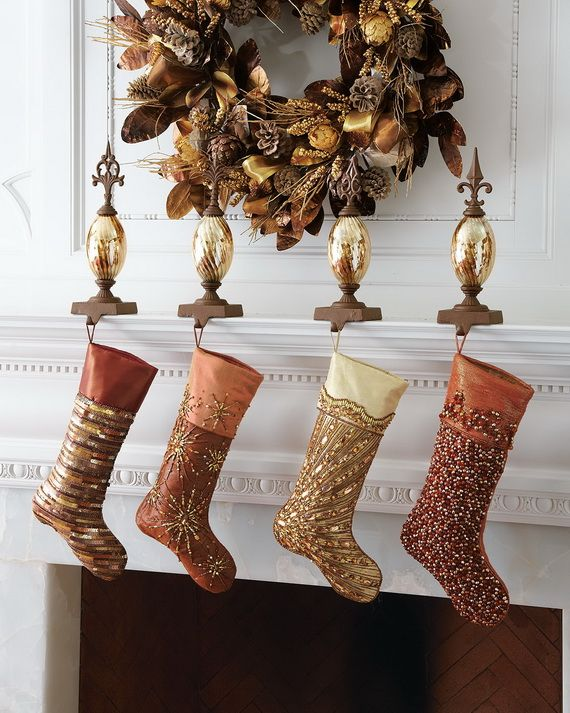Gorgeous Fireplace Mantel Christmas Decoration Ideas _57