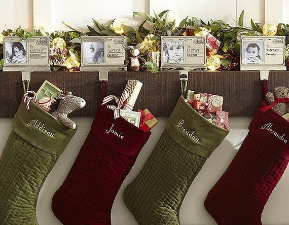 Gorgeous Fireplace Mantel Christmas Decoration Ideas _63