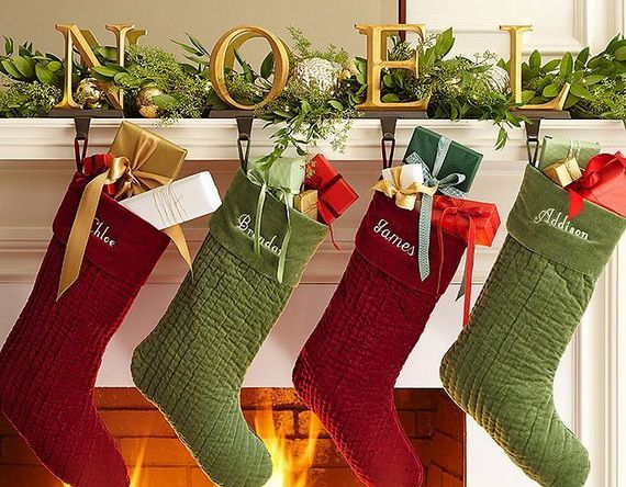 Gorgeous Fireplace Mantel Christmas Decoration Ideas _66