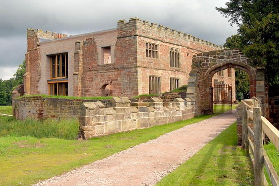 Historical Astley Castle In The Warwickshire Countryside_03