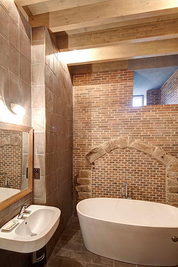 Astley Castle bathroom