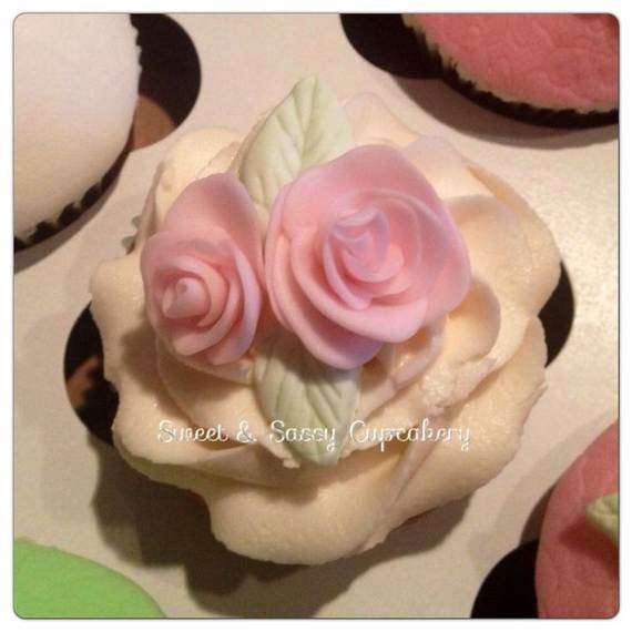Affectionate-Mothers-Day-Cupcake-Ideas_19