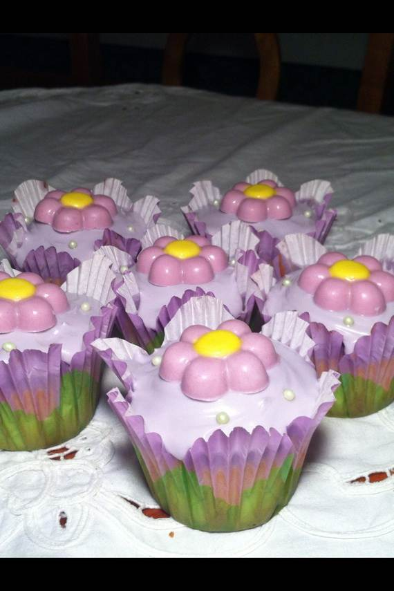 Affectionate-Mothers-Day-Cupcake-Ideas_29