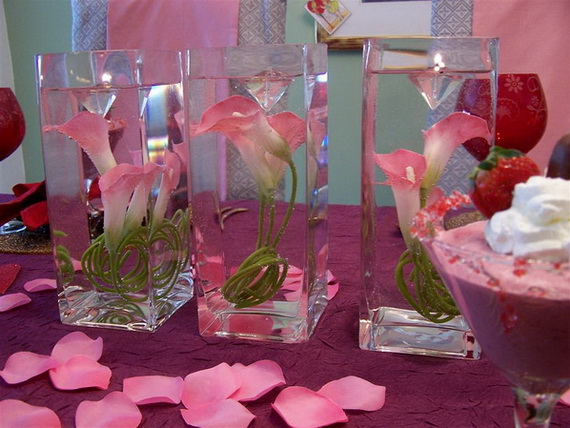Amazing Romantic Table Centerpiece Decorating Ideas for Valentine's Day _21