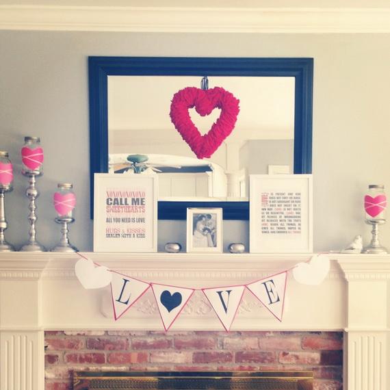 Cool Valentine's Day Mantel Décor Ideas