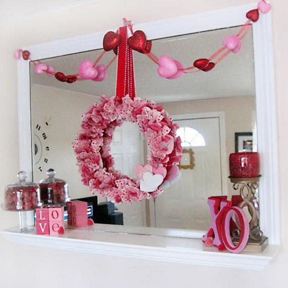 Cool Valentine's Day Mantel Décor Ideas_02