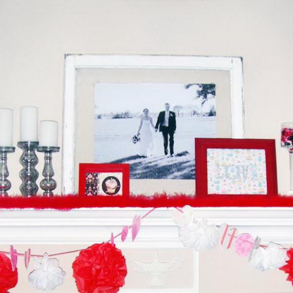 Cool Valentine's Day Mantel Décor Ideas_14