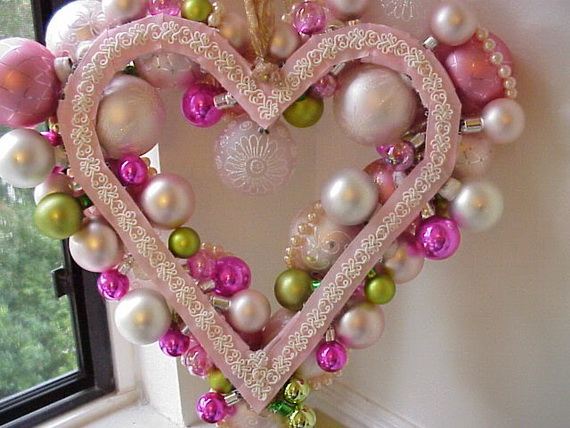 Cool Valentine's Day Wreath Ideas for 2014_02