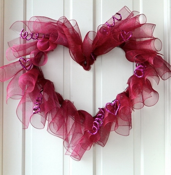 Cool Valentine's Day Wreath Ideas for 2014_10
