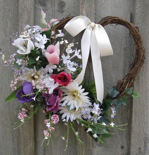 Cool Valentine's Day Wreath Ideas for 2014_37