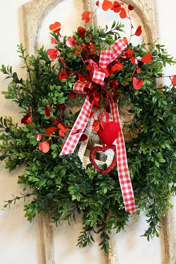 Cool Valentine's Day Wreath Ideas for 2014_38