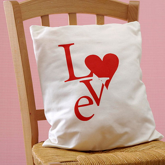 Cute and Easy DIY Valentine's Day Gift Ideas_01
