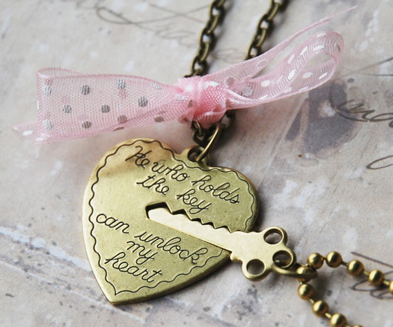 Cute and Easy DIY Valentine's Day Gift Ideas_55