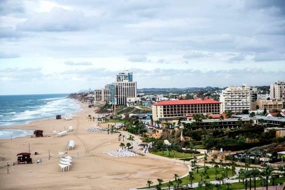 Five-star-of-David-Ritz-Carlton-opens-Herzliya-Israel-_4